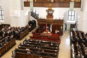 Kép: Elfogadták a Második Helvét Hitvallás új fordítását a magyar reformátusok