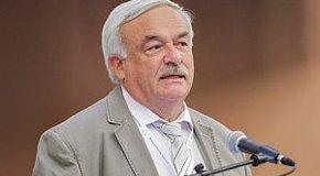 Kép: Újraválasztották Kató Béla püspököt