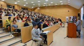 Kép: Keresztény roma szakkollégiumok hallgatói találkoztak Szolnokon