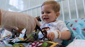 Kép: Zente a Bethesda Gyermekkórházban kapta meg az életmentő készítményt